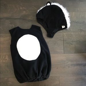 Pottery barn skunk costume